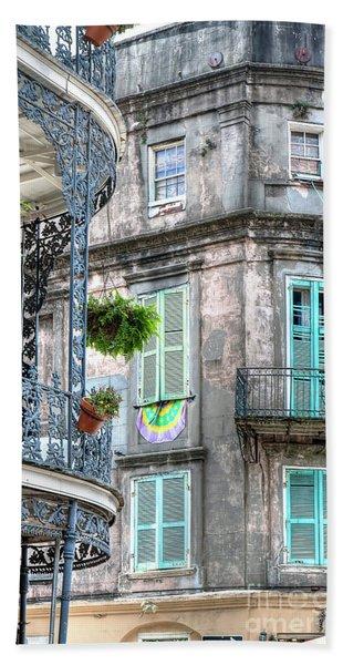 1358 French Quarter Balconies Beach Towel