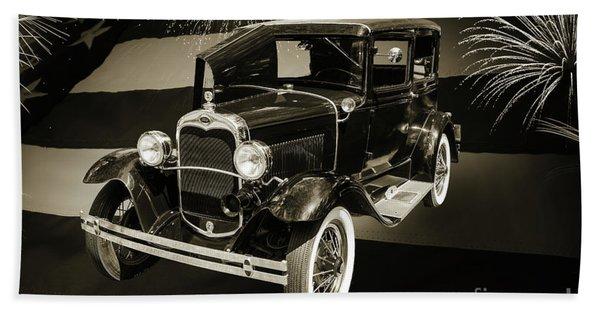 1930 Ford Model A Original Sedan 5538,16 Beach Towel