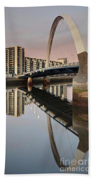 Glasgow Clyde Arc Bridge At Sunset Beach Sheet