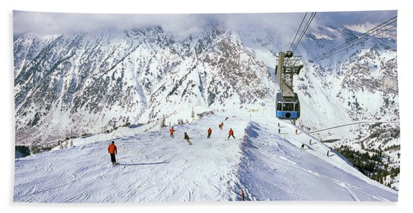 Overhead Cable Car In A Ski Resort Beach Towel