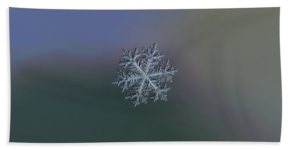 Real Snowflake - Hyperion Dark Beach Towel