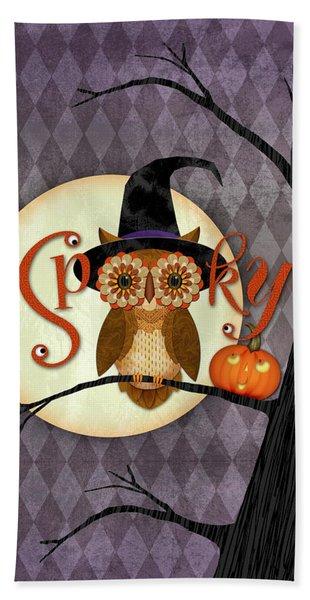 Spooky Owl Beach Sheet