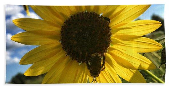 Bee And Sunflower Beach Towel