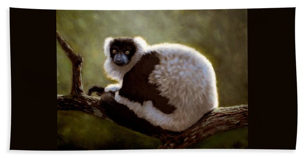 Black And White Ruffed Lemur Beach Sheet