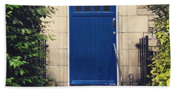Blue Door In Ivy Beach Sheet