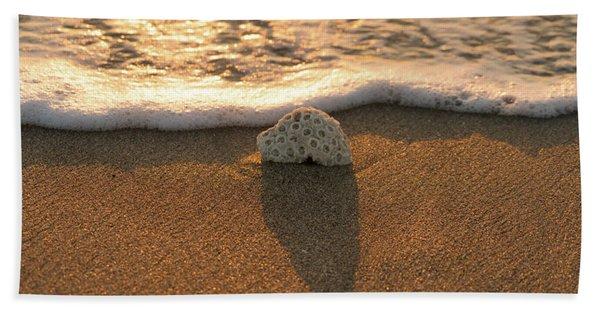 Brain Coral Wave Beach Towel