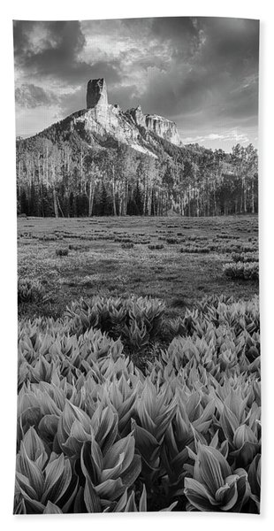 Chimney Rock In Black And White Beach Sheet