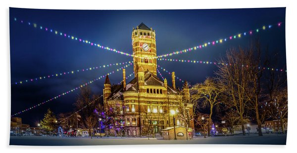 Christmas On The Square 2 Beach Towel