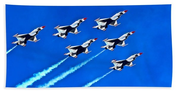 Delta Formation Beach Towel
