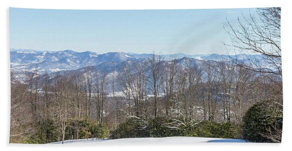 Easterly Winter View Beach Towel