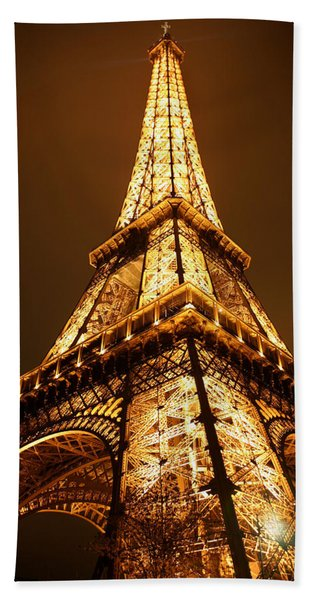 Beach Towel featuring the photograph Eiffel by Skip Hunt