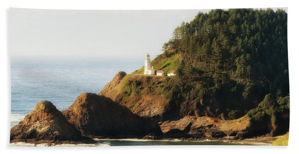 Beach Towel featuring the photograph Heceta Head Lighthouse by Michael Hope