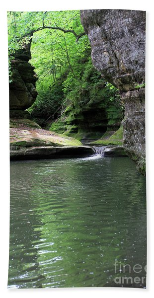 Illinois Canyon Summer Beach Towel