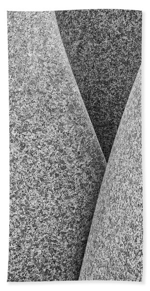 Kontinuitat By Max Bill. Beach Towel