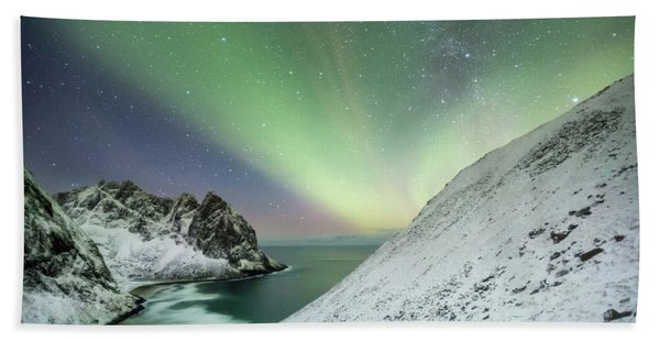 Lights Above Kvalvika Beach Towel