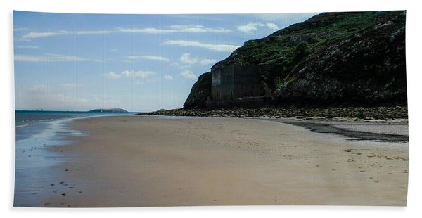 Llandbedrog Headland, Lleyn Peninsula, North Wales Beach Towel