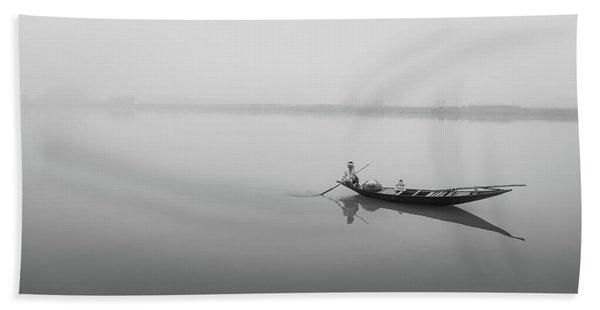 Lower Ganges - Misty Morinings Beach Towel