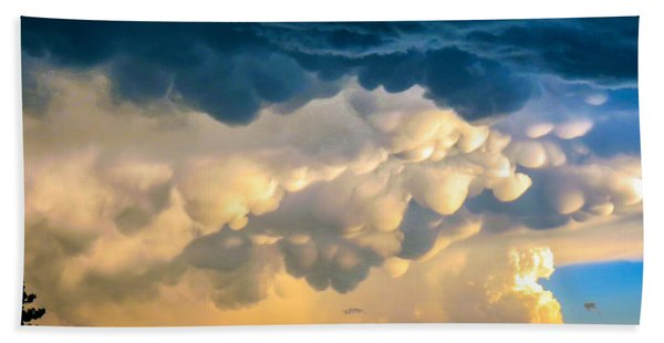 Mammatus Clouds At Sunset Beach Towel