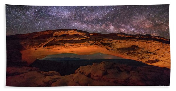Milky Way Over Mesa Arch Beach Towel