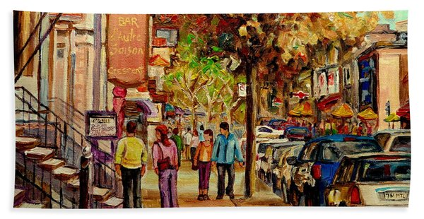 Montreal Downtown  Crescent Street Couples Walking Near Cafes And Rstaurants City Scenes Art    Beach Towel