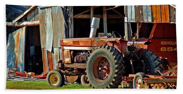 Old Red Tractor And The Barn Beach Towel
