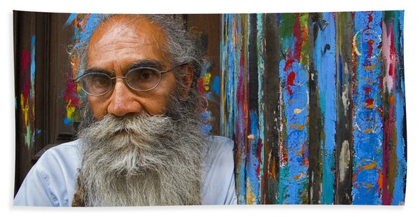 Beach Towel featuring the photograph Orizaba Painter by Skip Hunt