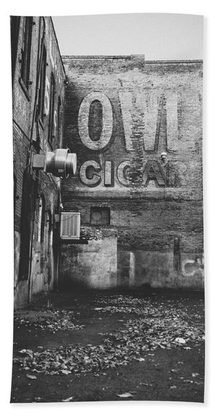 Owl Cigar- Walla Walla Photography By Linda Woods Beach Towel