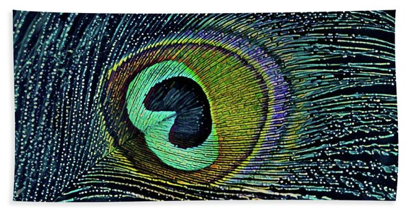 Peacock Plume Beach Towel