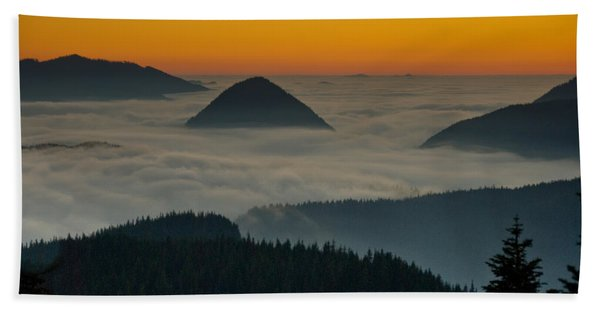 Peaks Above The Fog At Sunset Beach Sheet