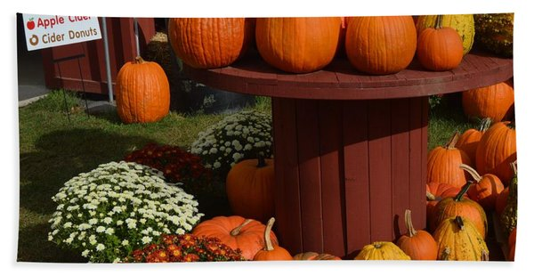 Pumpkin Display Beach Towel