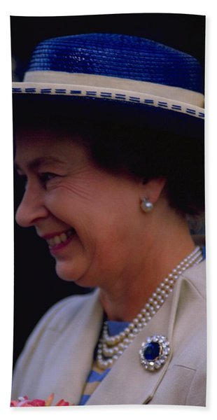 Photograph - Queen Elizabeth II by Travel Pics