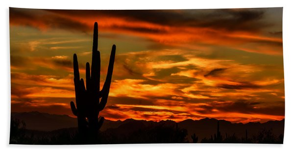 Saguaro Sunset H51 Beach Towel
