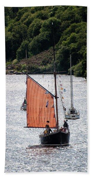 Sailing 46 Beach Towel