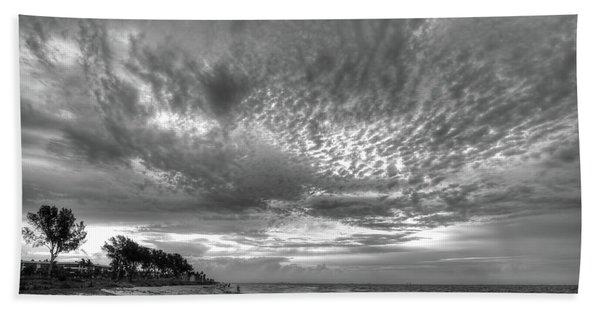 Sanibel Island Sunrise In Black And White Beach Towel