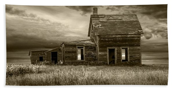 Sepia Tone Of Abandoned Prairie Farm House Beach Sheet