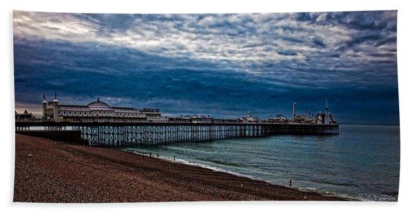 Seven Am On Brighton Seafront Beach Towel