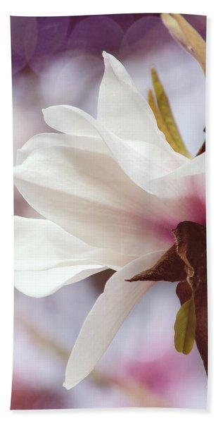 Single White Magnolia Beach Sheet