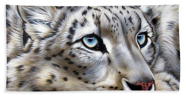 Snow-leopard's Dream Beach Towel