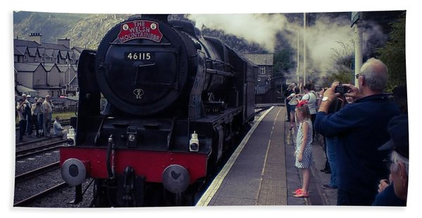 Steam Train, Ffestiniog, North Wales Beach Towel