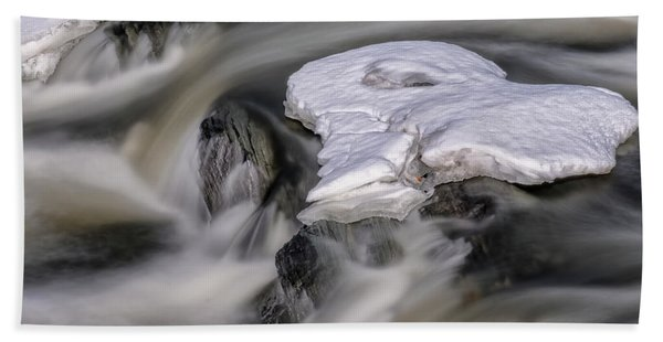 Beach Towel featuring the photograph Sugar River Flowing by Tom Singleton