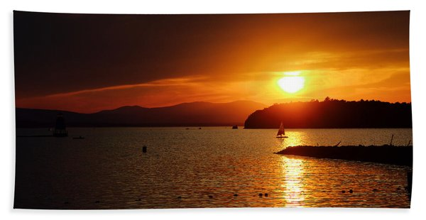 Sunset Over Lake Champlain Beach Sheet