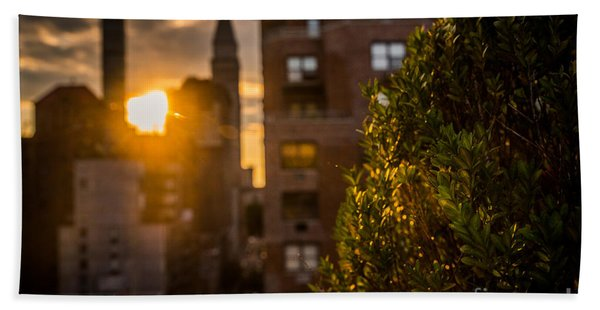 Sunset Over Manhattan New York City Beach Sheet