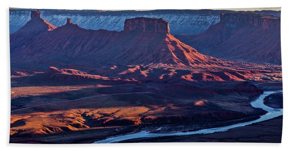 Sunset View From Omg Point Beach Towel