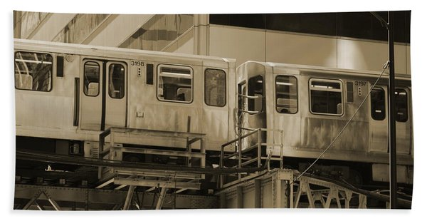 The L Downtown Chicago In Sepia Beach Towel
