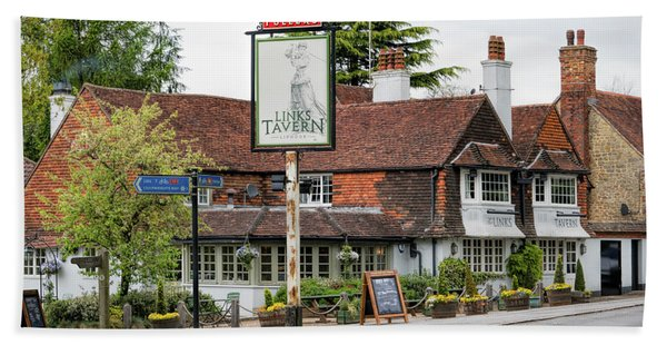 Beach Towel featuring the photograph The Links Tavern by Michael Hope