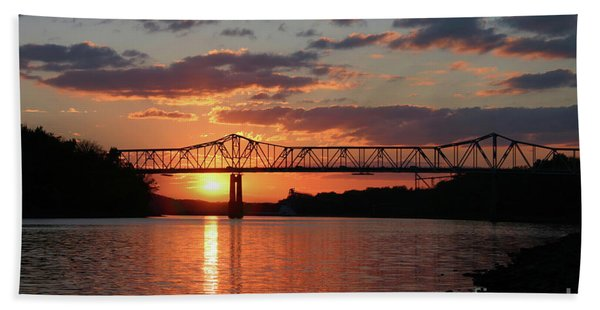 Utica Bridge At Sunset Beach Towel