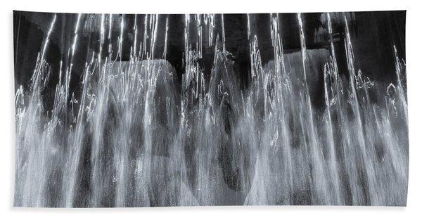 Vigeland Fountain In Blue Beach Towel