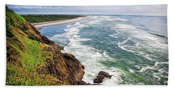 Waves On The Washington Coast Beach Towel