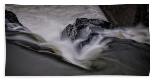 Beach Towel featuring the photograph Whetstone Canyon by Tom Singleton