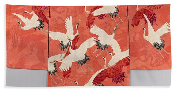 Woman's Haori With White And Red Cranes Beach Towel
